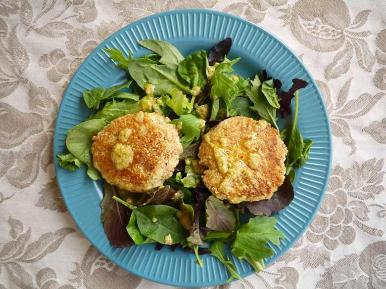 Crispy lemon thyme fish cakes paleo 5 perchance to cook for Fish thyme menu