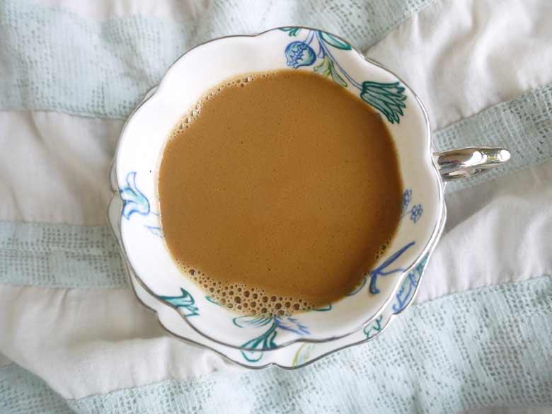 Easy Caramel Caffe Latte (paleo, GF, dairy-free)