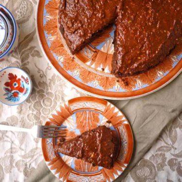 Paleo Raspberry Chocolate Banana Cake (GF, dairy-free) | Perchance to Cook, www.perchancetocook.com