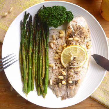 25 Minute Lemon Tilapia and Asparagus (paleo, GF) | Perchance to Cook, www.perchancetocook.com
