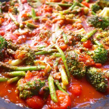 Broccoli Asparagus Primavera (paleo, GF) | Perchance to Cook, www.perchancetocook.com