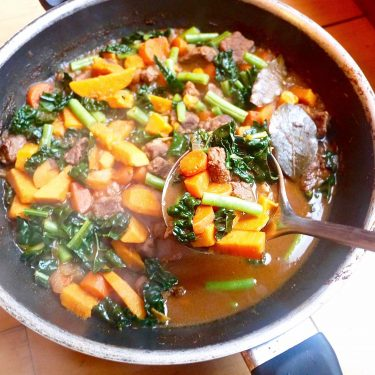 Paleo Beef and Winter Vegetable Soup (GF)| Perchance to Cook, www.perchancetocook.com