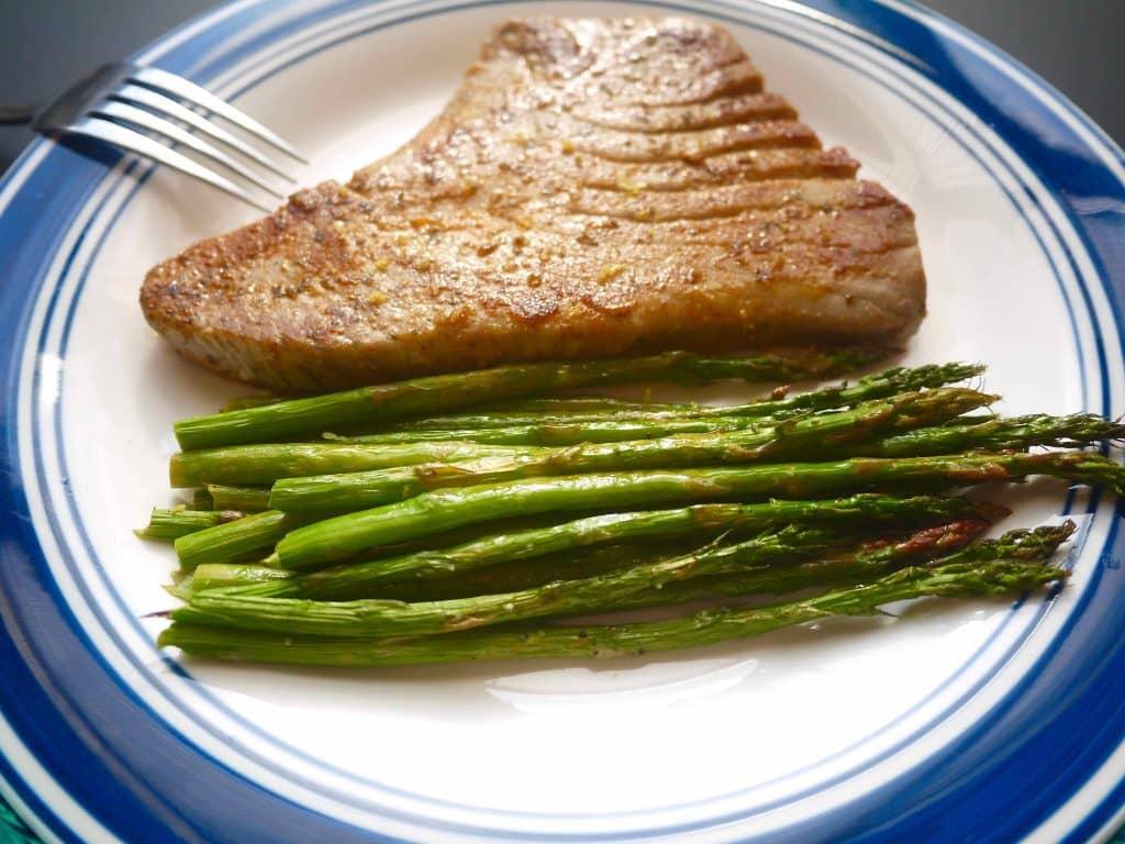 Grilled Lemon Tuna Steak And Asparagus Paleo Gf Perchance To Cook
