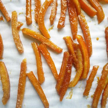 Paleo Candied Orange Peels (GF)| Perchance to Cook, www.perchancetocook.com