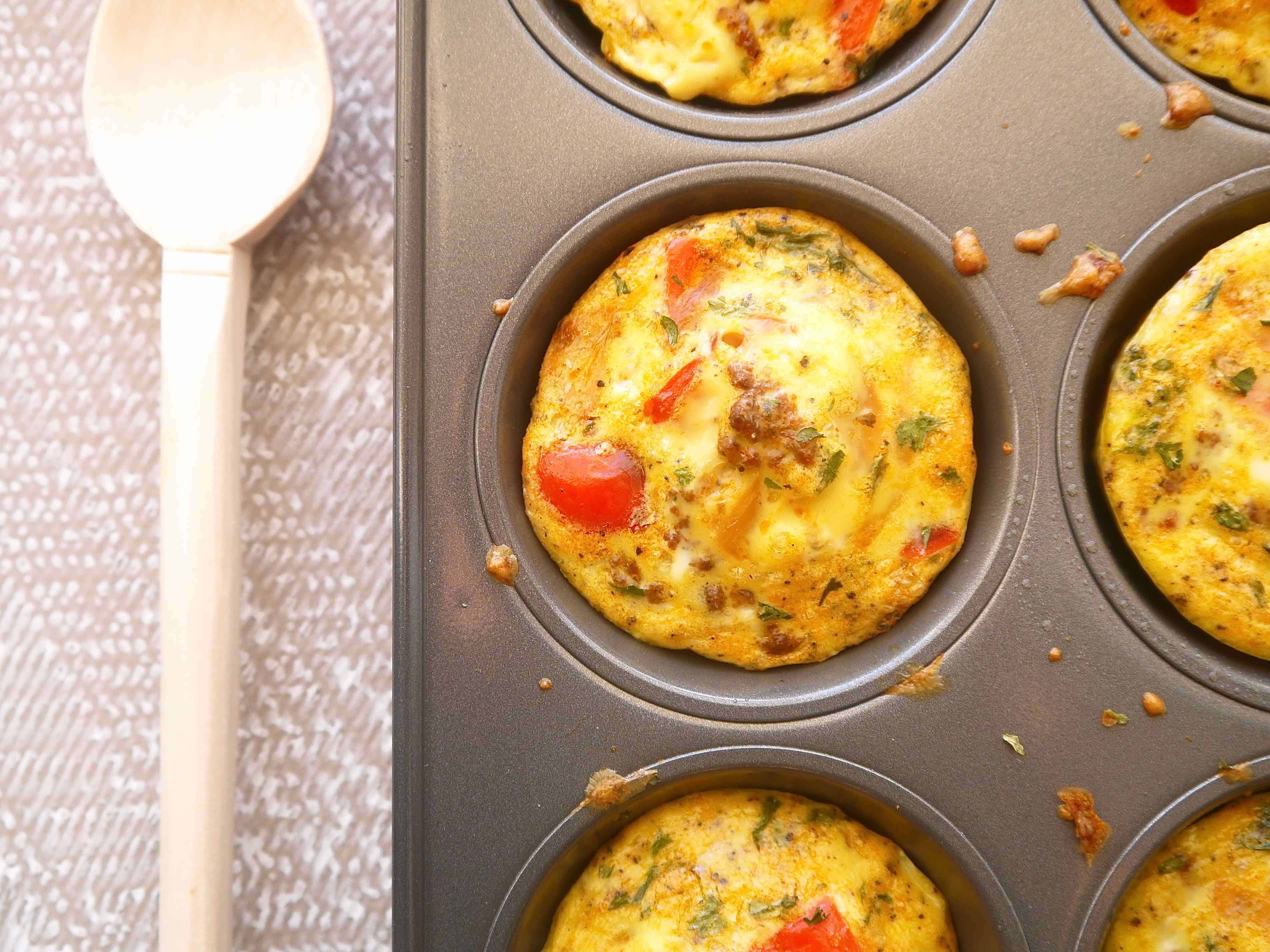 Bison Chorizo and Red Pepper Quiches (paleo, GF) | Perchance to Cook, www.perchancetocook.com