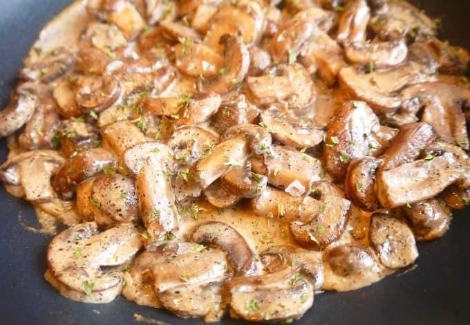 Creamy Black Pepper Paleo Mushrooms (GF, DF) | Perchance to Cook, www.perchancetocook.com