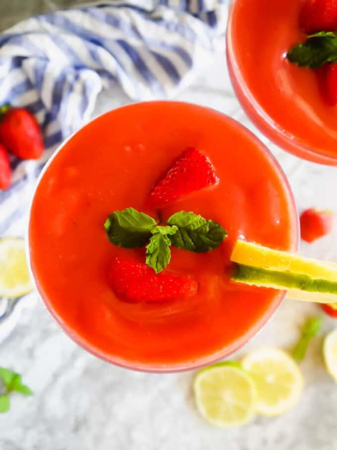 Healthy Homemade Strawberry Daiquiris (Paleo option, Gluten-Free) | Perchance to Cook, www.perchancetocook.com