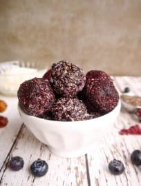 Blueberry Date Energy Balls (Paleo, Vegan)   Perchance to Cook, www.perchancetocook.com