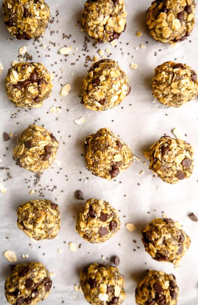 Chia Oatmeal Chocolate Chip Snack Balls (GF, Vegan) | Perchance to Cook, www.perchancetocook.com