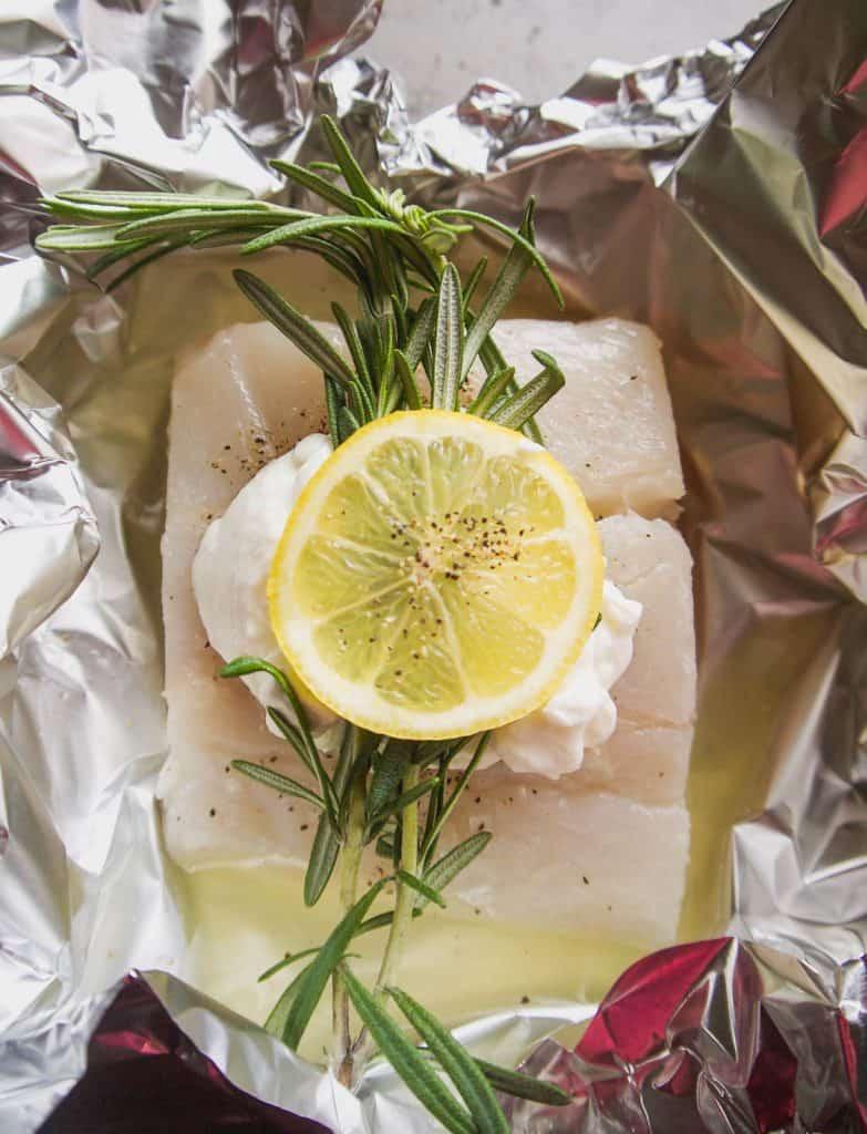 Foil Packet Lemon Rosemary Halibut (GF, Grain-free) | Perchance to Cook, www.perchancetocook.com