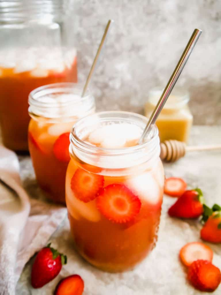 Strawberry Sweet Iced Tea (Paleo, GF)   Perchance to Cook, www.perchancetocook.com