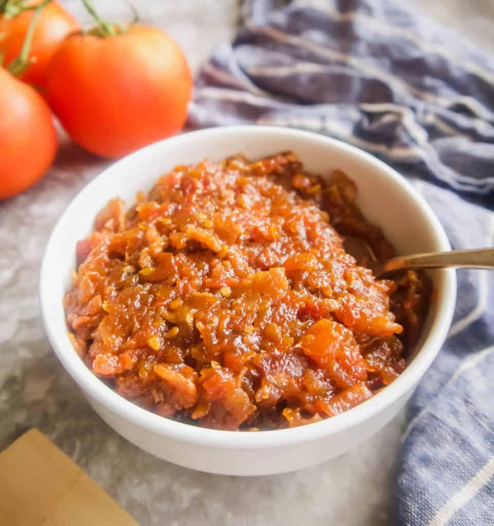 Paleo Tomato Bacon Jam (GF) | Perchance to Cook, www.perchancetocook.com