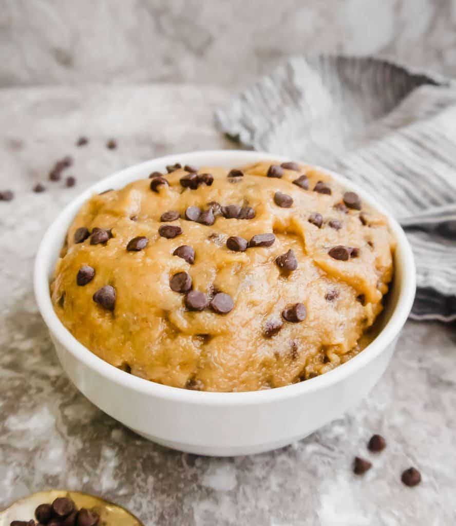 Edible Eggless Chocolate Chip Cookie Dough (Paleo, GF, Vegan) | Perchance to Cook, www.perchancetocook.com