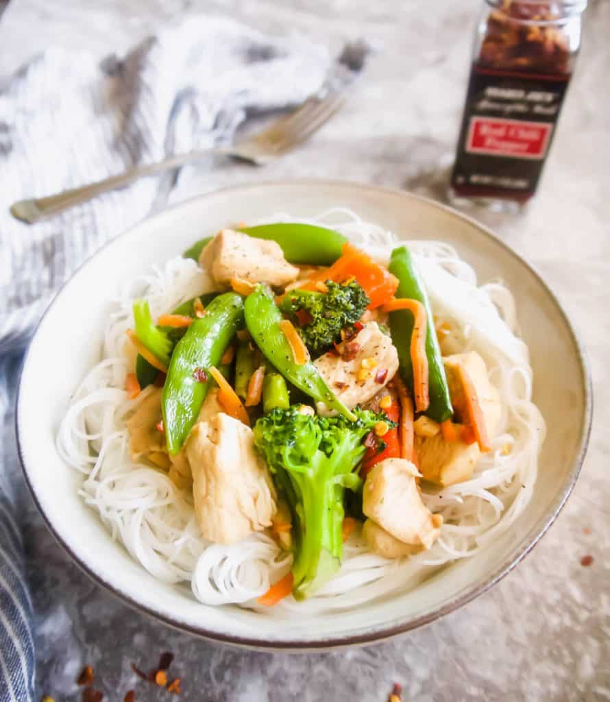 Gluten Free Chicken Stir Fry with Rice Noodles   Perchance to Cook, www.perchancetocook.com