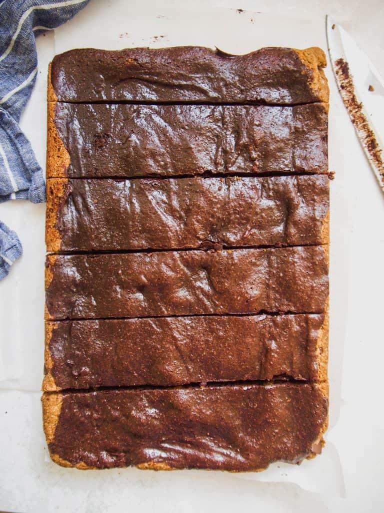 Paleo Brookies (Brownie/Cookies Bars) | Perchance to Cook, www.perchancetocook.com