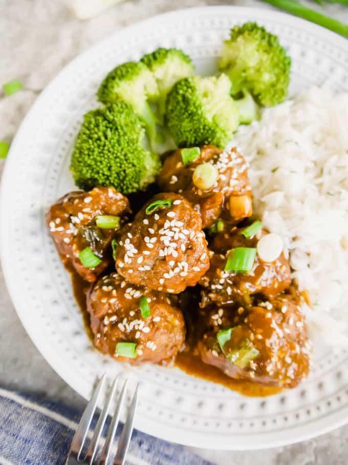 General Tso Meatballs (Paleo, GF) | Perchance to Cook, www.perchancetocook.com