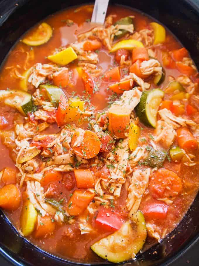 Slow Cooker Shredded Chicken and Vegetable Chili   Perchance to Cook, www.perchancetocook.com