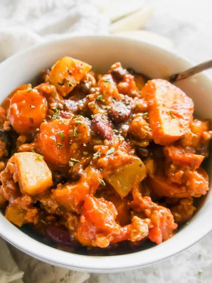 Apple Sage Turkey Chili | Perchance to Cook, www.perchancetocook.com