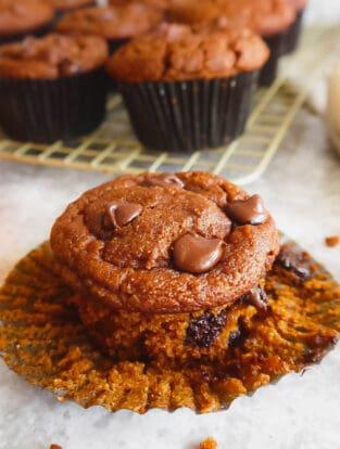 Easy Paleo Pumpkin Muffins | Perchance to Cook, www.perchancetocook.com