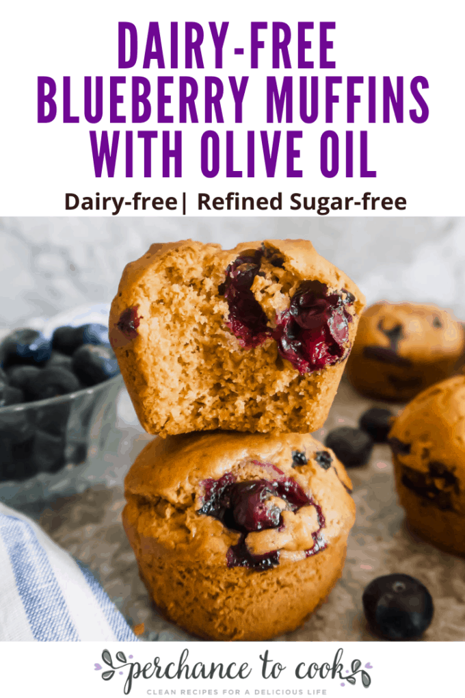 A fluffy and delicious muffin recipe full of blueberries and naturally dairy-free and refined sugar-free thanks to the use of olive oil and coconut sugar.