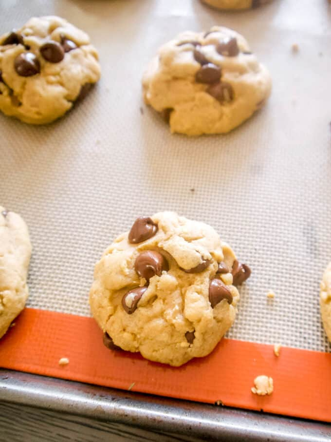 olive oil chocolate chip cookies with brown sugar